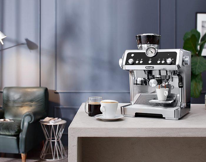 Delonghi EC9335M La Specialista Maual Coffee Machine Lifestyle