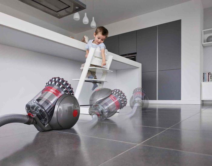 Dyson Cbigballorigin Barrel Vacuum Lifestyle 2