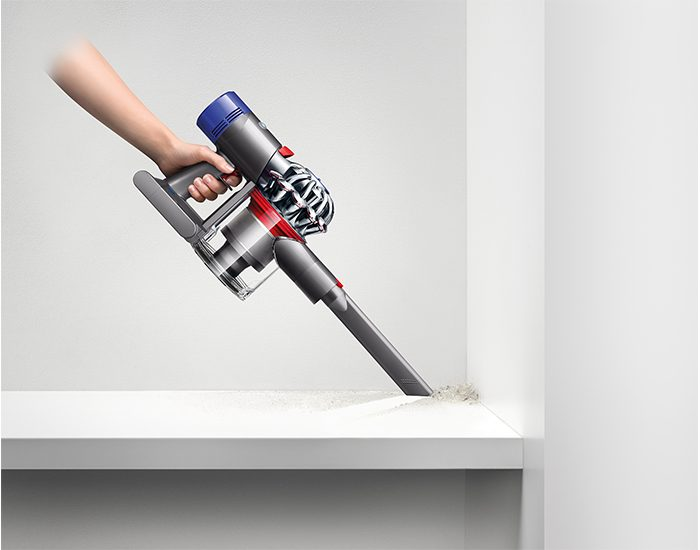 Dyson DYSONV7MOTORHEAD handheld Vacuum Corners