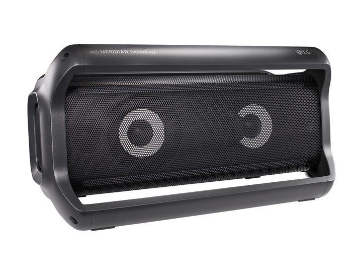 LG PK7 40W Portable Bluetooth Speaker