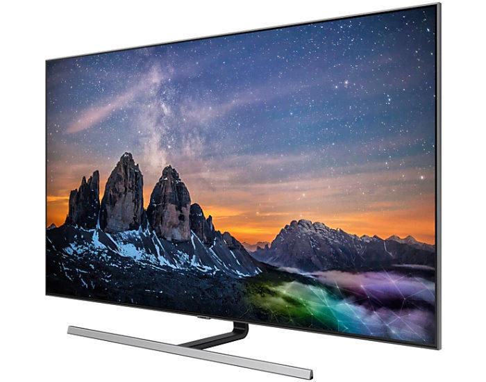 Samsung QA55Q80RAWXXY 55 4K UHD QLED TV Angle 2