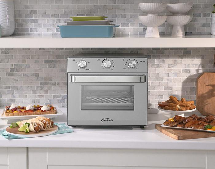 Sunbeam BT7200 Multi-Function Oven + Air Fryer Treats