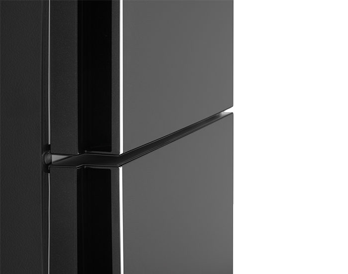 Westinghouse WBE5300BBR 528L Dark Stainless Steel Bottom Mount Refrigerator Handle