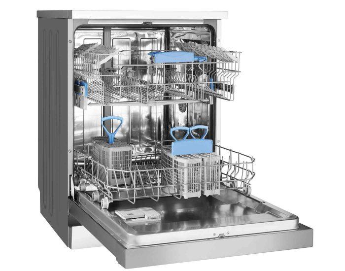 Westinghouse WSF6606XA 15 Place Setting Freestanding Dishwasher open2